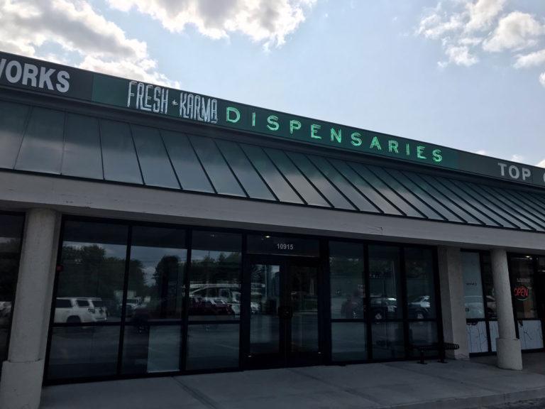 Dispensssaries Neon Sign