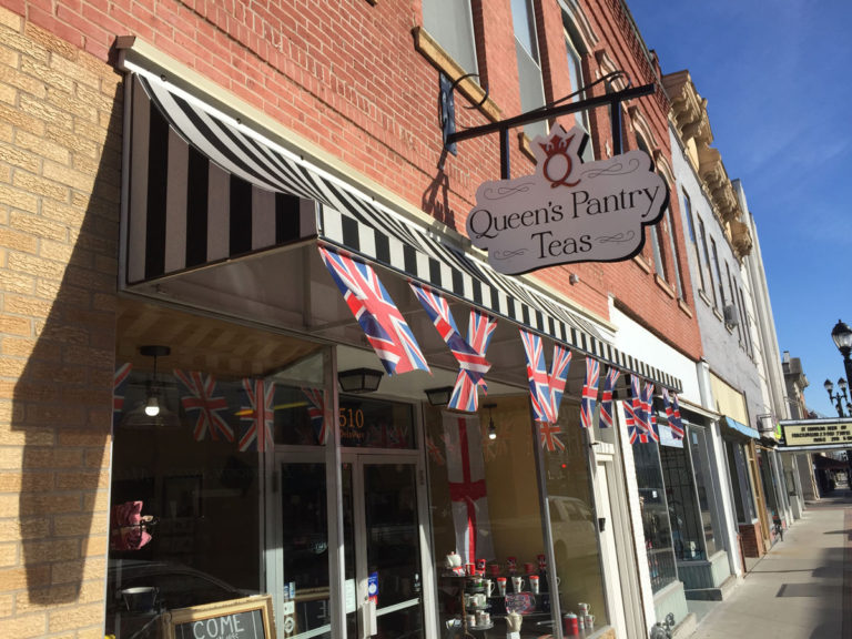 Queen's Pantry Teas Awning Sign