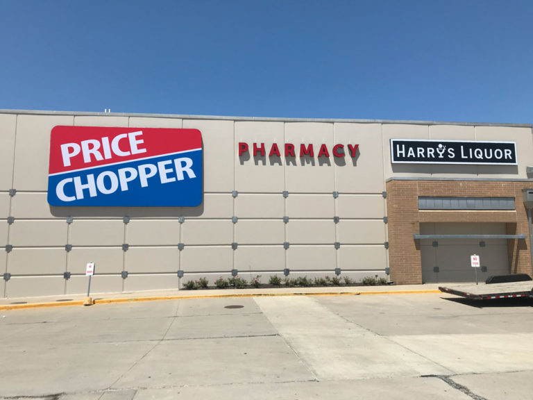 Price Chopper Wall Signs